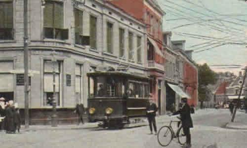 Tram in de Gronauschestraat - Centrum Enschede